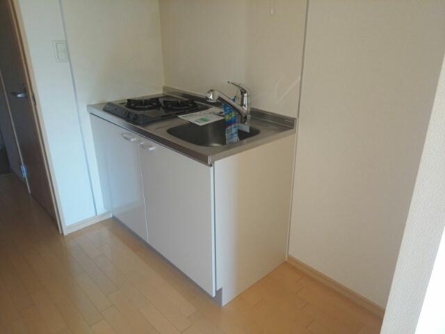 メゾン・フラベルム 03020号室のキッチン