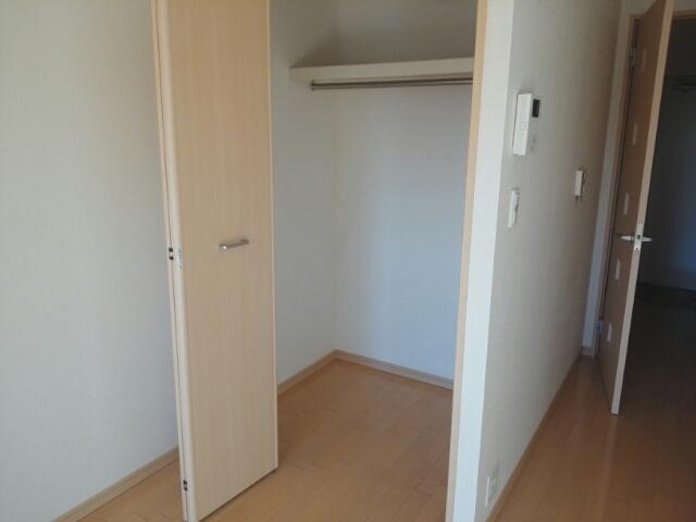 メゾン・フラベルム 03020号室の収納