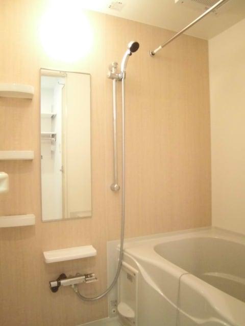 メゾン ド レスポワール 02040号室の風呂