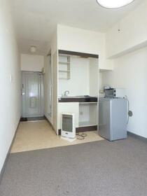 エイショウブロア 4A号室の居室
