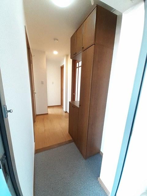サ-フサイドサンシャイン N棟 03010号室の玄関