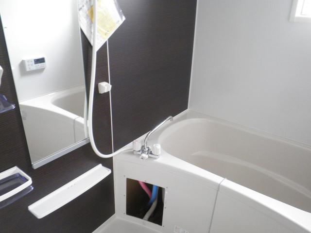 ラ ルーチェ 01020号室の風呂
