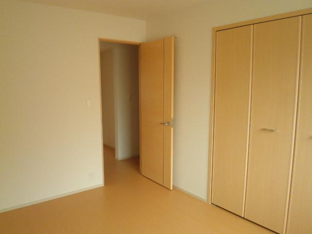 ラ ルーチェ 01020号室のベッドルーム
