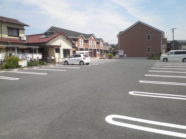 エレガント Ⅰ 02020号室の駐車場