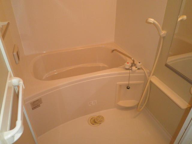 エレガント Ⅰ 02020号室の風呂