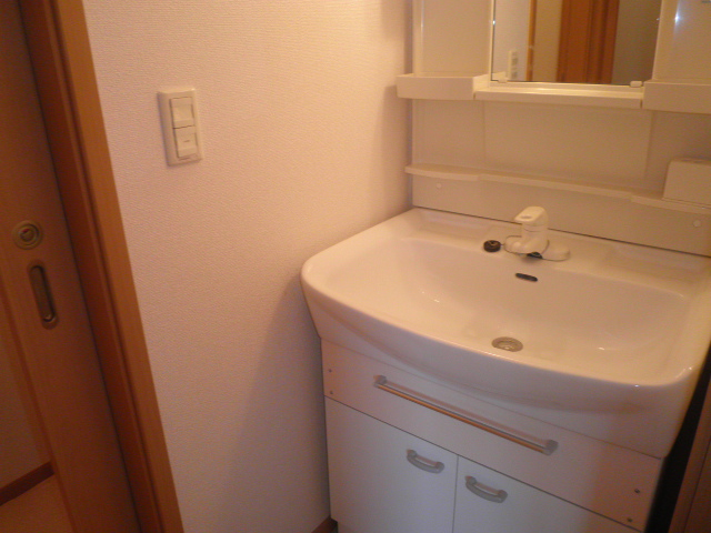 エレガント Ⅰ 02020号室の洗面所
