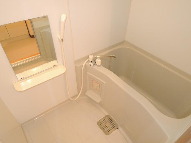 リバティ 201号室の風呂