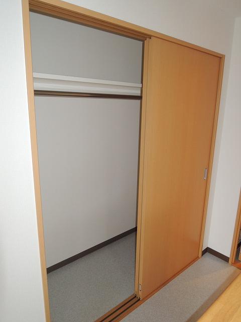 リバティ 201号室の収納