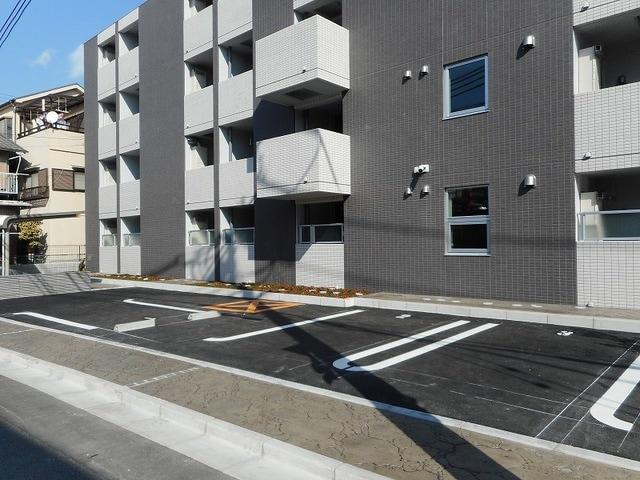 ホライゾン 03050号室の駐車場