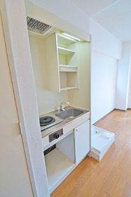 ポルタビアンカ 110号室のキッチン