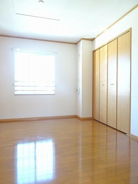 ファミーユ 01030号室の洗面所