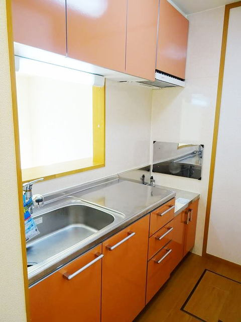 ファミーユ 01030号室のキッチン