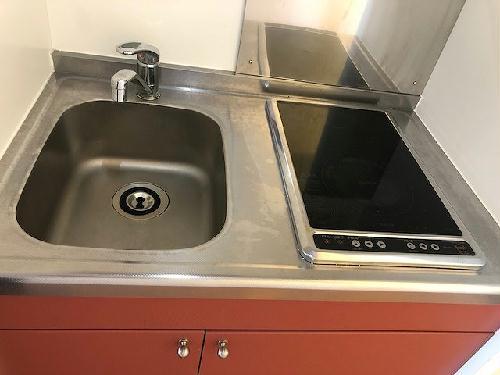 レオパレスグルワール 102号室のキッチン