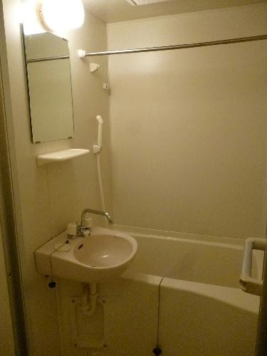レオパレスグルワール 102号室の風呂