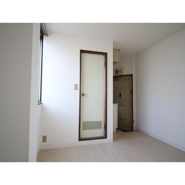 井荻パークハイツ 305号室の居室