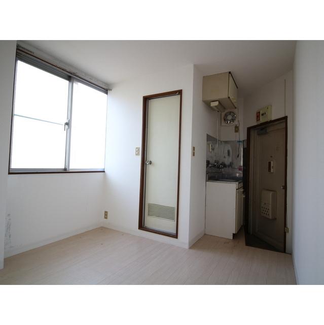 井荻パークハイツ 305号室のリビング