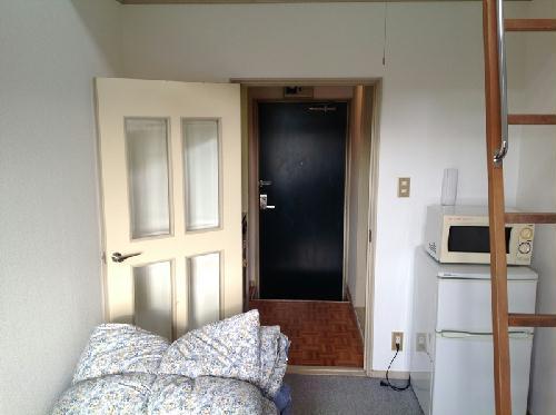 レオパレスハイツA 108号室のリビング