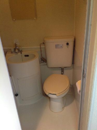 レオパレスハイツA 108号室のトイレ
