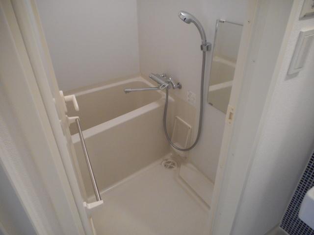 リエトコート西大島 804号室の風呂
