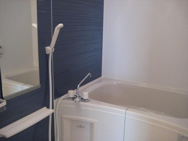 シャン・ド・フルール A 01040号室の風呂