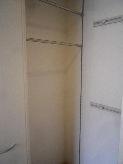 サンモール北入曽A 00203号室の収納