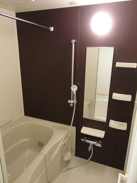 横網 リバーイースト 04020号室の風呂