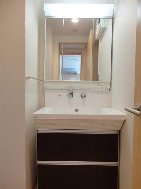 横網 リバーイースト 04020号室の洗面所