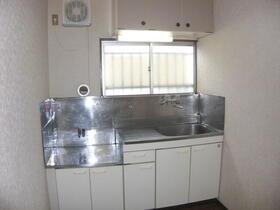 江東ハイツ 301号室のキッチン