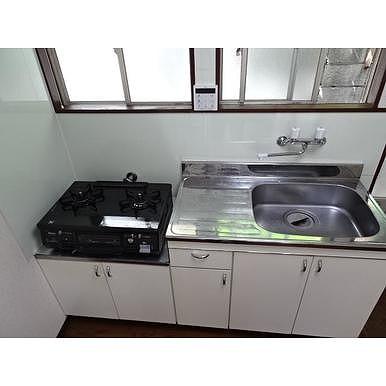 鈴木幸子方のキッチン