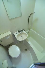 サンライフ志村 0101号室の風呂