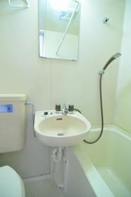 サンライフ志村 0101号室の洗面所