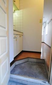サンライフ志村 0101号室の玄関