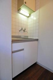 サンライフ志村 0103号室のキッチン