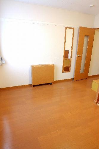 レオパレスコンファーレ神栖Ⅰ 106号室のリビング