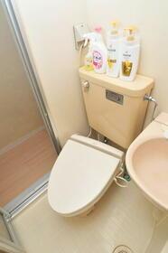 サンライフ志村 0102号室の洗面所