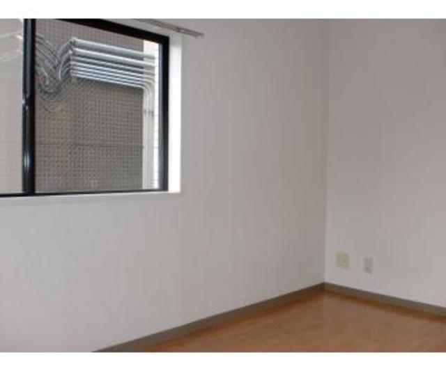 浮間セントラルヒルズ 301号室のリビング