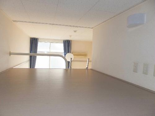 レオパレスHARU 204号室の収納