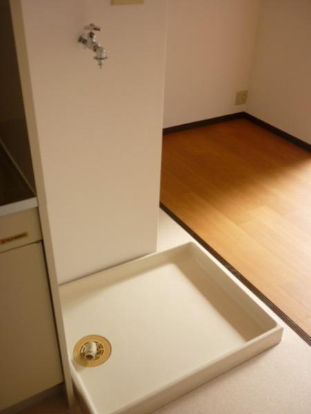 メゾンムラコシ2号館 302号室の収納