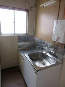 神津ビル 0302号室のキッチン