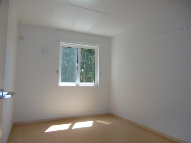 カーサ・プラシードM 01020号室のリビング