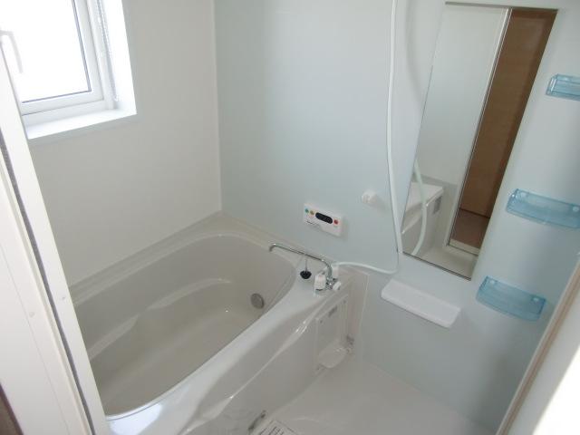 カーサ・プラシードM 01020号室の風呂