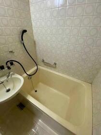 藤和サンコープ大名 406号室の風呂