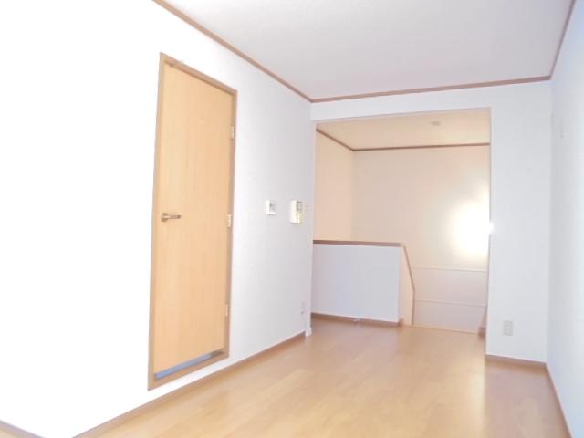 カーサグランビューA 02030号室のリビング