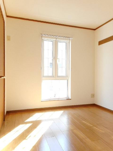 クレストールJ&N 02040号室の玄関