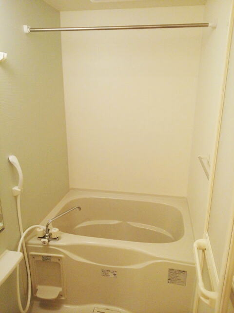 プランドールA 01030号室のトイレ