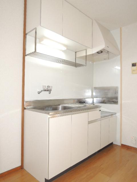 エルディムふじおかB 02020号室のキッチン