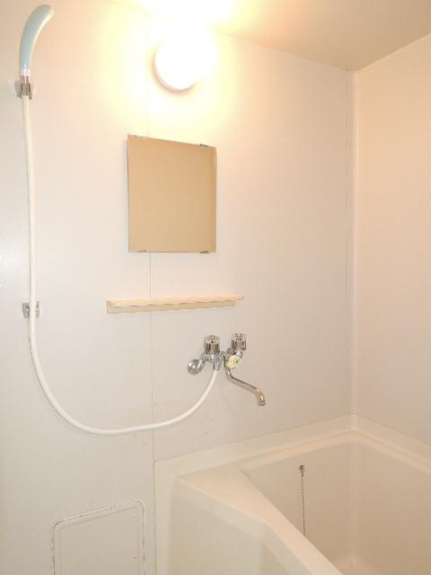 エルディムふじおかB 02020号室の風呂