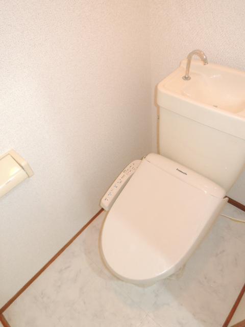エルディムふじおかB 02020号室のトイレ