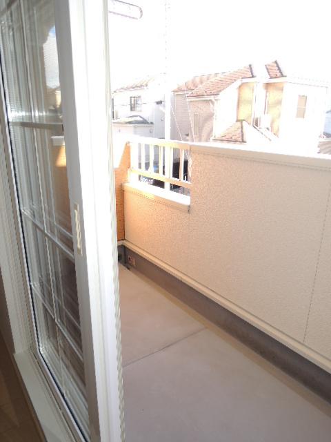 ラフィネT-Ⅲ 02010号室のバルコニー