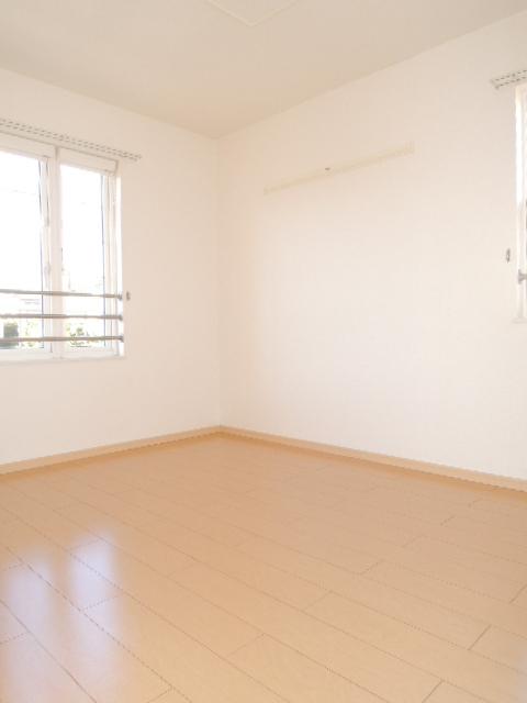 ラフィネT-Ⅲ 02010号室のベッドルーム